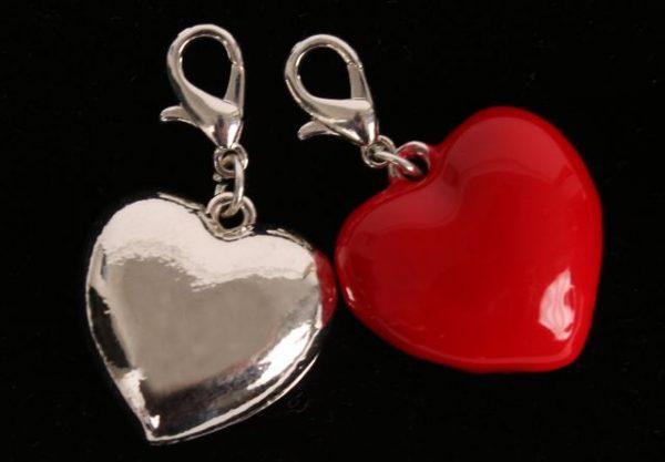 Rote und silberne #Valentinsherzen