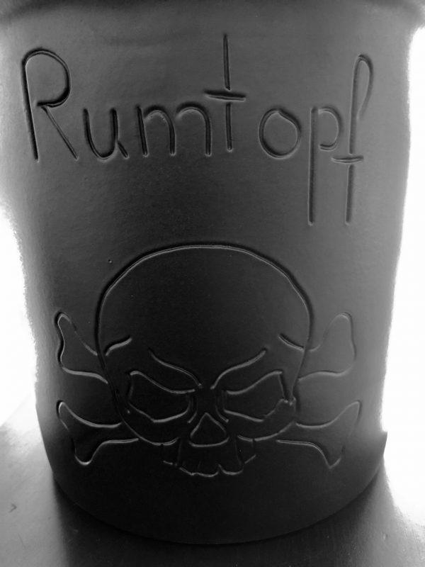Schwarzer Rumtopf #Piratenrumtopf