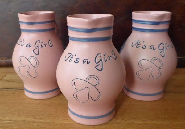 IT's A GIRL - Der rosa MiniBembel mit Schnuller