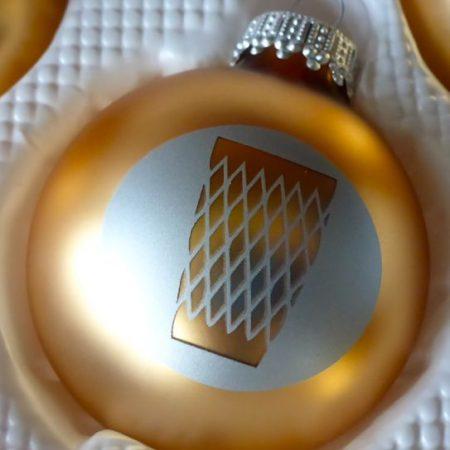 Goldene Weihnachtskugel #Geripptes #Apfelwein